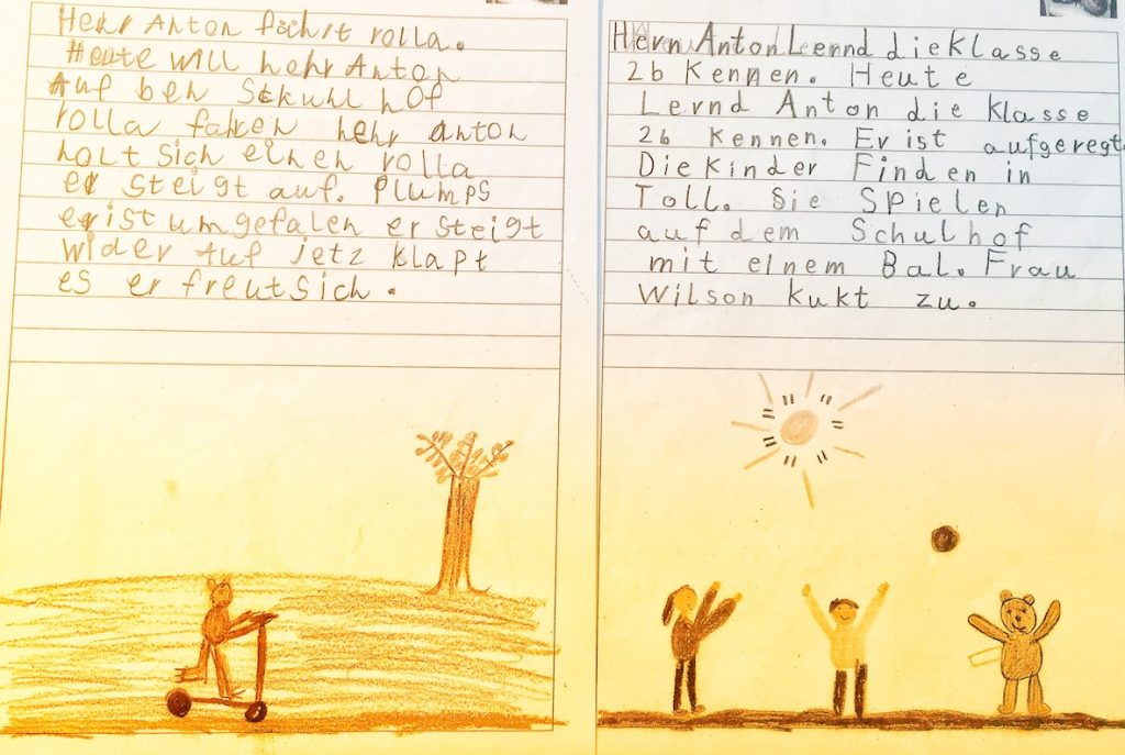 die Spieler Improvisationstheater und Unternehmenstheater Hamburg haben in einer Impro Show einen Teddy verschenkt. Seitdem bekommen sie Briefe von einer Grundschule