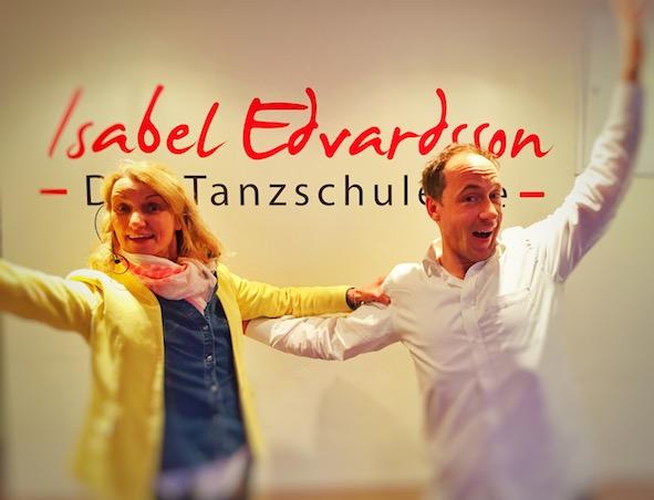 die Spieler - Improvisationstheater und Unternehmenstheater Hamburg zu Gast in den Räumen der Tanzschule von Isabel Edvardsson. Dort gaben sie ein Improvisationstheater Training für 60 Gäste