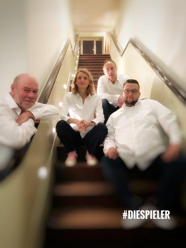 die SPieler Improvisationstheater Hamburg improvisieren für die Jubilare der Montblanc Holding